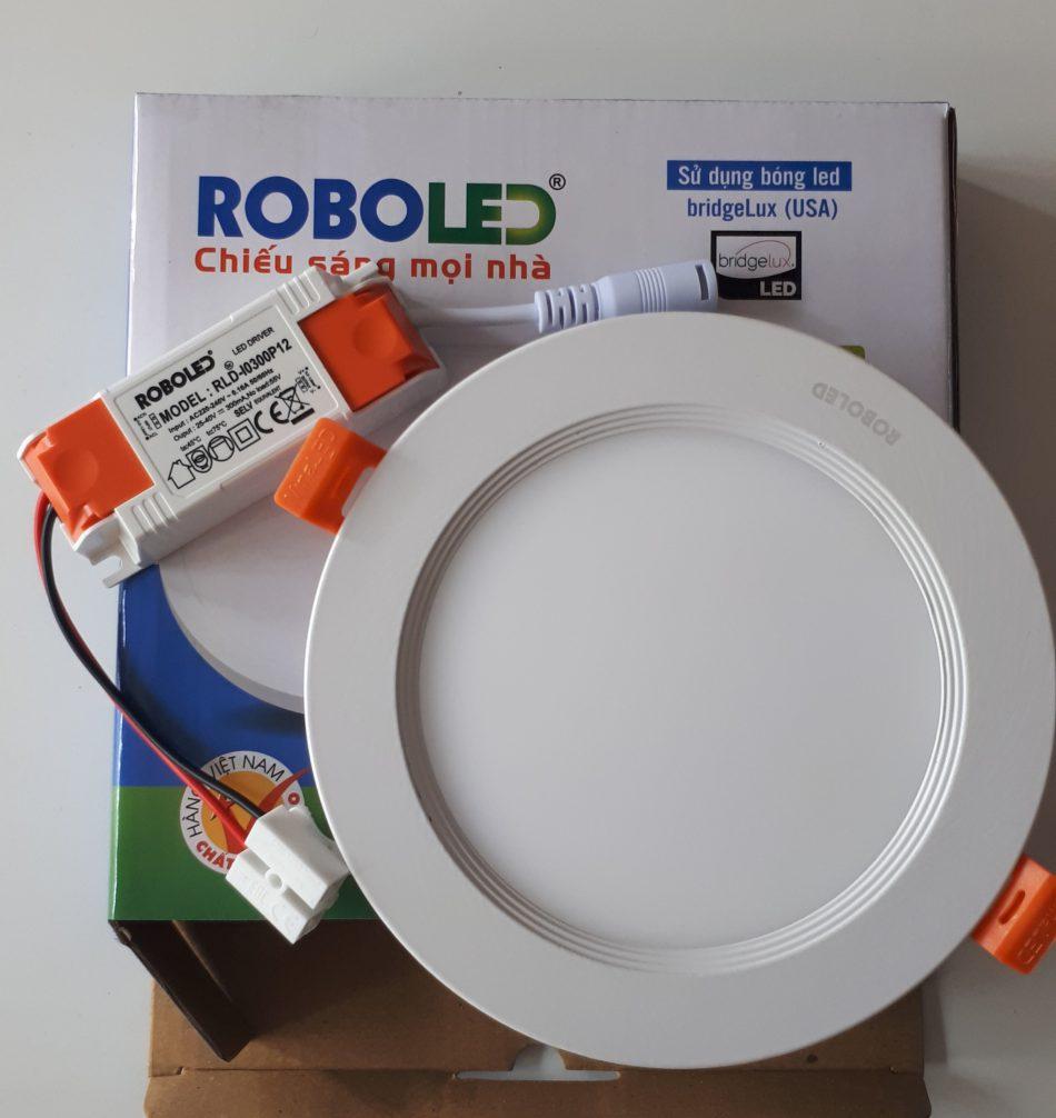 den am tran roboled 4 1 e1583140951306 - Mua đèn Led âm trần loại nào tốt.