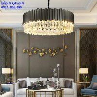 den chum pha le TPL.6613 1 200x200 - Cách chọn đèn chùm trang trí cho phòng khách đẹp lung linh.