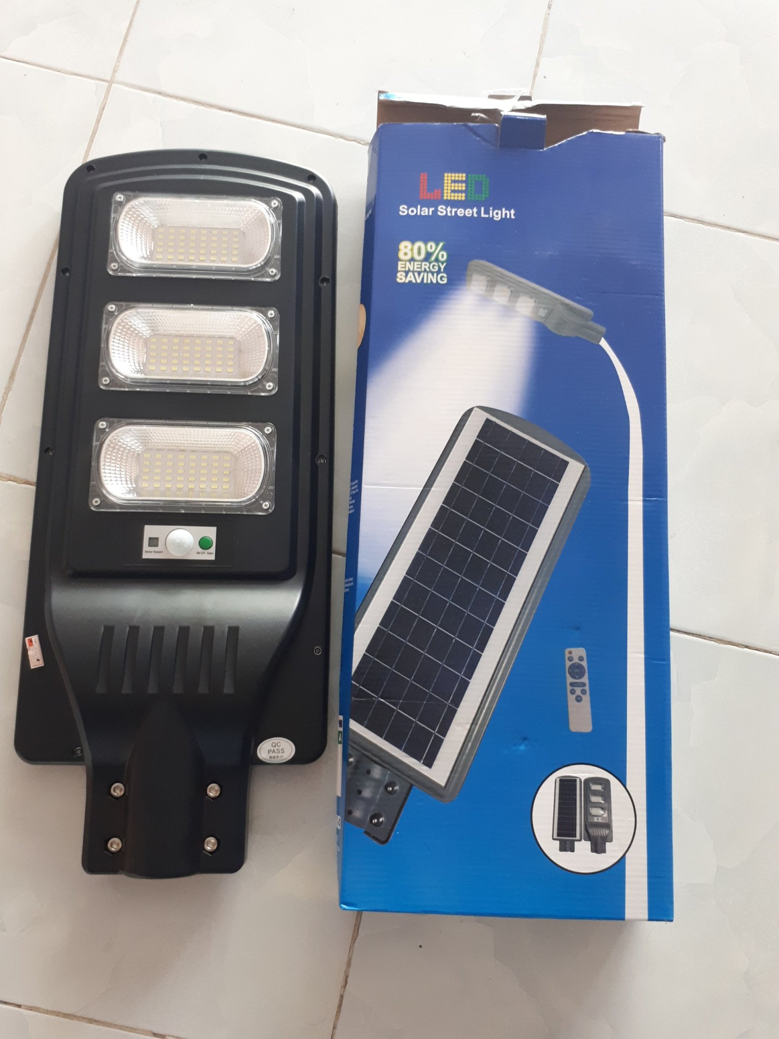 lien the 90W - Đèn năng lượng mặt trời liền thể 90W